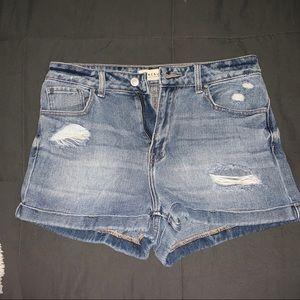 pac sun mom shorts!